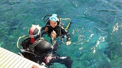 Baptême de plongée pour Léna avec bellevue plongée.com